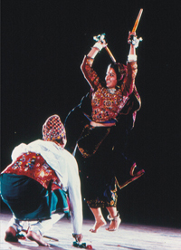 Dandiya Ras of Gujarat. Click to view large image.